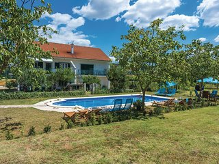 4 bedroom Villa in Baljci, Šibensko-Kninska Županija, Croatia : ref 5563754