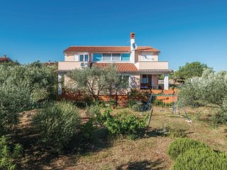 4 bedroom Villa in Peruski, Istria, Croatia : ref 5520369