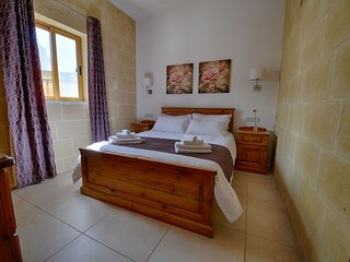 Gelmus self catered property near to the main town on Gozo