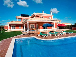 4 bedroom Villa in Roja- Pé, Faro, Portugal : ref 5238000