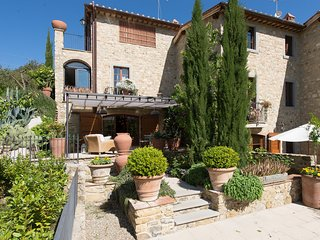2 bedroom Apartment in Villa A Sesta, Tuscany, Italy : ref 5242051