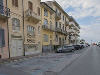 2 bedroom Apartment in Viareggio, Tuscany, Italy - 5580846