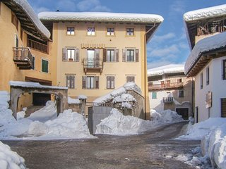 1 bedroom Apartment in Sfruz, Trentino-Alto Adige, Italy : ref 5576744
