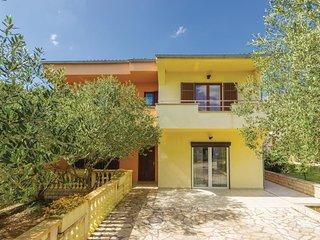 4 bedroom Villa in Zadar, Zadarska Zupanija, Croatia : ref 5542902