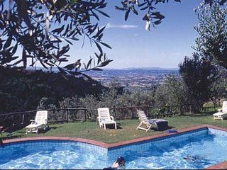 3 bedroom Apartment in Vinci, Tuscany, Italy : ref 5488278