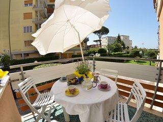 2 bedroom Villa in Viareggio, Tuscany, Italy : ref 5404939