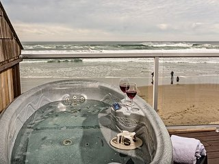 Romantic for couples.  Oceanfront with private hot tub and steps to the beach