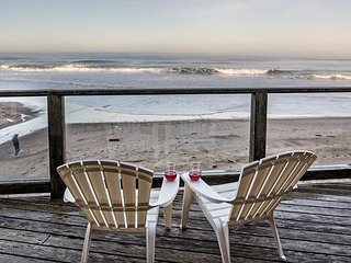 Kristy's Kottage- Oceanfront--2 bdrm home on the beach ! Open 8/8-9