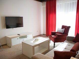 Konaciste 'Perla', Zlatibor, Cetvorokrevetni apartman ( crveni apartman )
