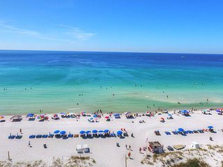 #BeachLife - Unit B Getaway (Sleeps 6)