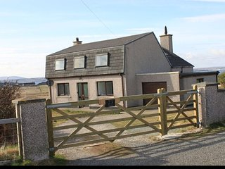 Family friendly home 5 miles from main town of Stornoway