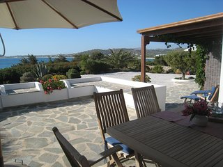Naxos Beachvilla, 60 meters from the Sea-excellent location also for kitesurfing