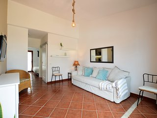 Perfect location9 to enjoy the Movida Canaria,Dunes about 500 meters wifi free