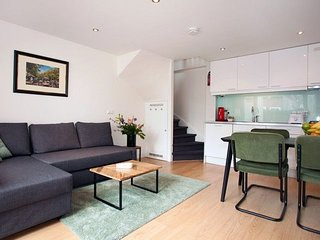 Apartment 832 m from the center of The Hague with Washing machine (645794)