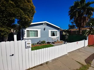 Renovated 2BR with Electric Car Charging Plug