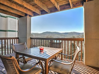 NEW! Cozy Branson Condo on Table Rock Lake w/Views