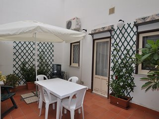 Casa Verdi with terrace by Wonderful Italy