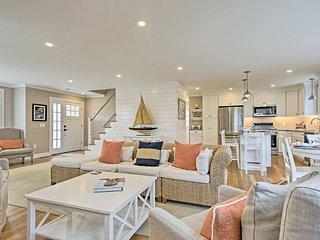 Luxurious West Yarmouth House w/Backyard&Bay Views