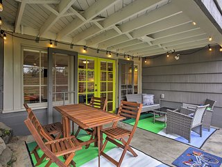 NEW! Seattle Apt w/Patio in Old Ballard District!