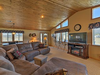 Spacious Buena Vista Home w/Fire Pit Near Skiing!