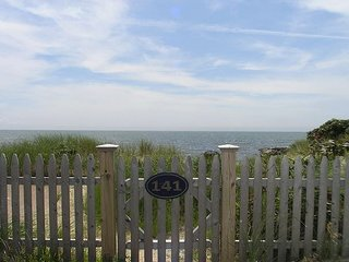 Oceanfront three bedroom home- breathtaking views of Nantucket Sound