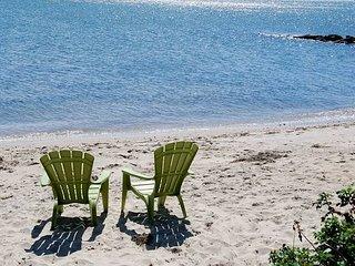 Oceanfront duplex sleeping 6-breathtaking views of Nantucket Sound