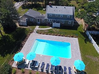Eight bedroom home sleeping 20 with private swimming pool