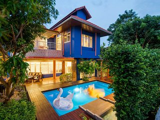 Island Blue Home Pool Villa Resort