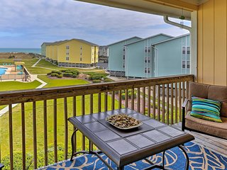 'Sweet Caroline' Surf City Condo w/ Pool & Beach!