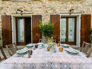 Casale Borgo Pelaca Code 5 Family