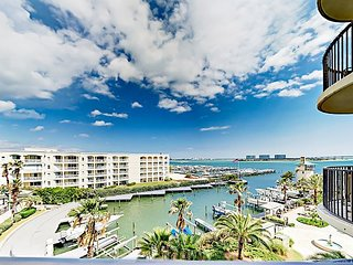 Spacious 3BR Condo w/ Water Views at Phoenix on the Bay II