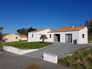 La Longere Maison a 5 km du Puy du Fou