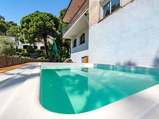 4 bedroom Villa in Sant Cebria de Vallalta, Catalonia, Spain : ref 5611691