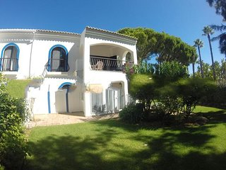 2 bedroom Apartment in Vale do Garrao, Faro, Portugal : ref 5000283
