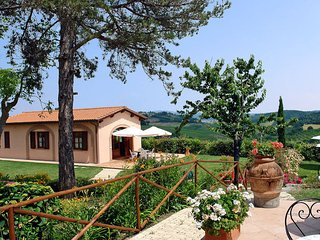 2 bedroom Villa in Capezzano Pianore, Tuscany, Italy : ref 5477696