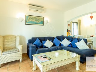 2 bedroom Apartment in Vale do Garrao, Faro, Portugal : ref 5489456