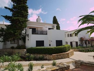 2 bedroom Villa in Vale do Lobo, Faro, Portugal : ref 5000293