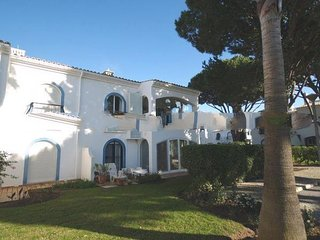 2 bedroom Apartment in Vale do Garrao, Faro, Portugal : ref 5000264