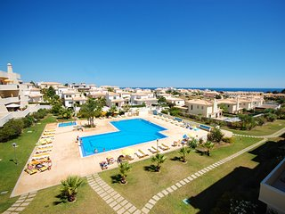 2 bedroom Apartment in Sao Rafael, Faro, Portugal : ref 5456086