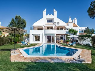 Casa do Ludo - 5 Bedroom Villa in Vilamoura - Close to the Marina