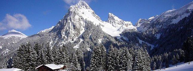 Dent of Oche (2222 m) snowy