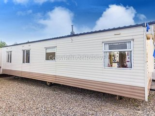 8 Berth Caravan in California Cliffs Holiday Park, Scratby Ref: 50002 Grouse