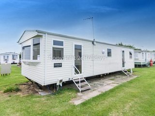 8 berth caravan at California Cliffs Holiday Park, in Scratby. REF 50067H