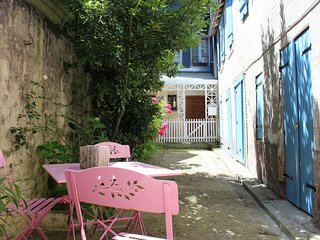 Appartement de charme dans le quartier historique d'Honfleur près de la plage