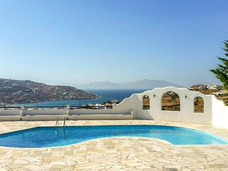 Three comfy houses with private pool & sea view near Ornos