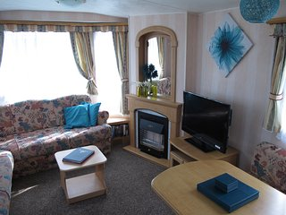 8 BERTH CARAVAN ON THE CHASE CARAVAN PARK - INGOLDMELLS