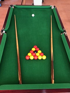 6ft x 3ft pool table,