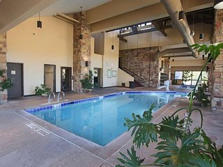 Combo Suite - (adjoining units) Sleeps 10 Cedar Breaks Lodge