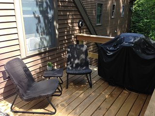 Treetop-Retreat Vacation Rental Apartment near Acadia National & Park Bar Harbor