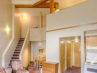 Sun Peaks Nancy Greene's Cahilty Lodge Deluxe Loft